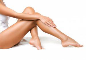 Pernas femininas depiladas   Tudo sobre a depilação a laser